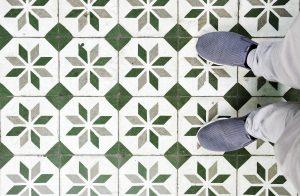 vloer in de keuken die verwijderd dient te worden